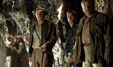 Al final de Indiana Jones y el reino de la Calavera de Cristal, el protagonista finalmente contrae matrimonio con Marion Ravenwood.