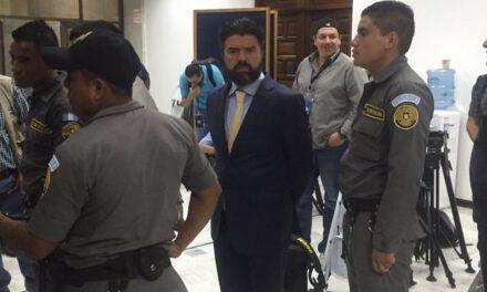 Procesan por prima de Jonathan Chévez, el Mago, por chantaje