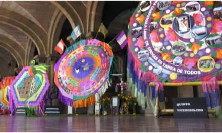 Personal del Mingob expone barriletes gigantes por el Día de todos los Santos