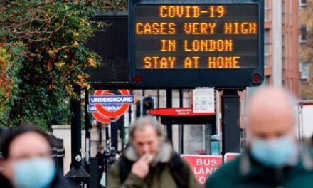 Gran Bretaña endurece medidas a viajeros por riesgo de propagación de nuevas variantes de coronavirus