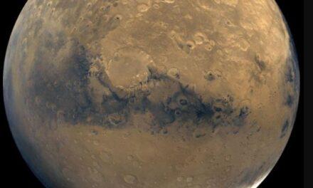 Marte podría esconder océanos de agua debajo de su corteza