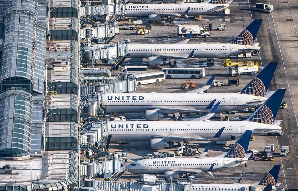 United Airlines agrega horarios de vuelo en América Latina