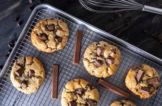 Deliciosas galletas de avena y chocolate