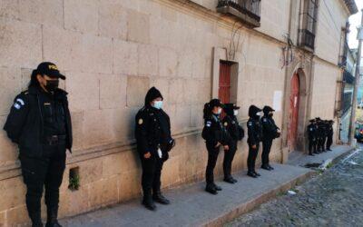 Autoridades realizan requisa en centro preventivo para mujeres en Quetzaltenango