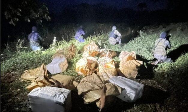 Ejército de Guatemala localiza una tonelada de cocaína y otros ilícitos en Livingston, Izabal